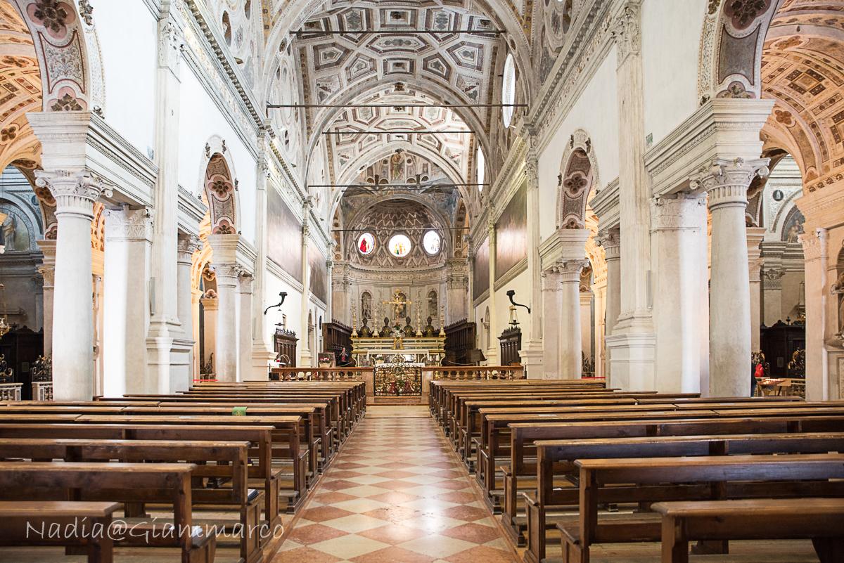 L'interno di San Benedetto in Polirone.