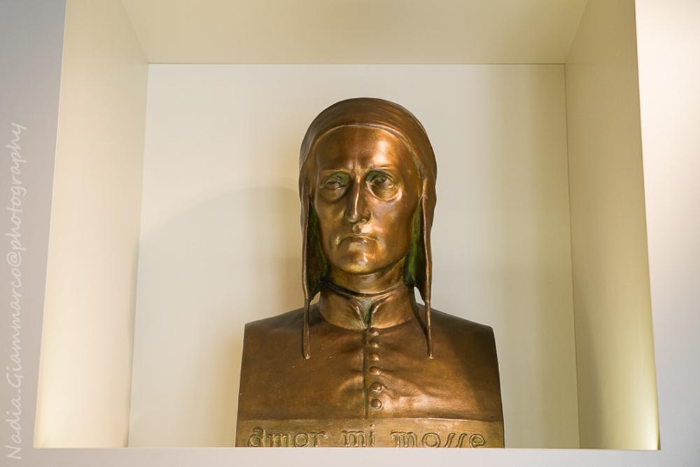 Bustino di Dante Alighieri al Museo Dantesco (RA)
